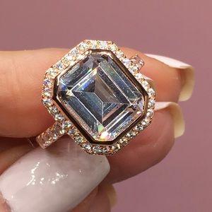 Jewelry - 14k rose gold 10 ct diamond halo wedding ring